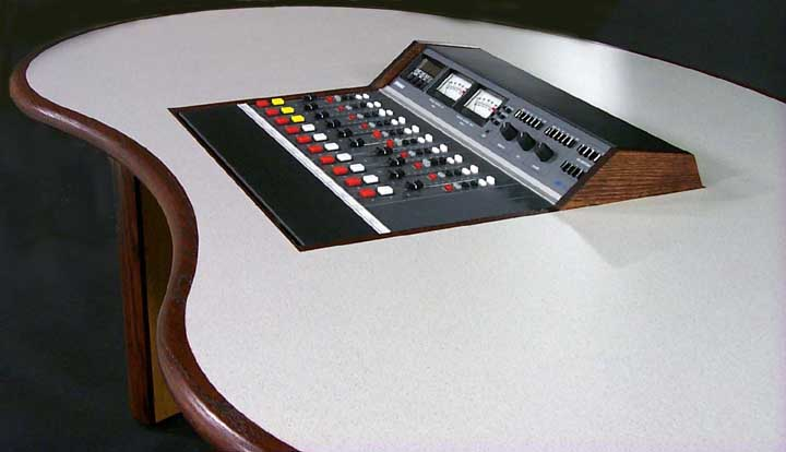 Kidney Desk With Flush Inset Console Broadcast Radio