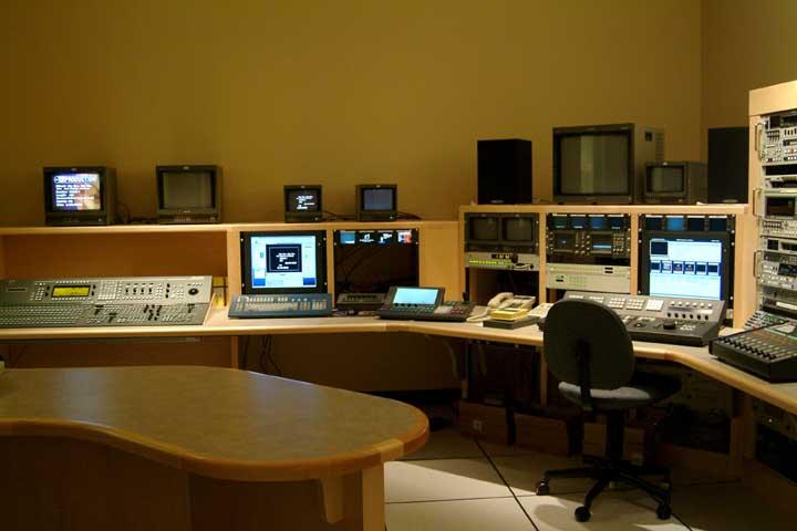 Tv studio furniture Radio Broadcasting Tv Production Rooms Turbosquid Tv Production Rooms Designfurnituretelevision Equipment